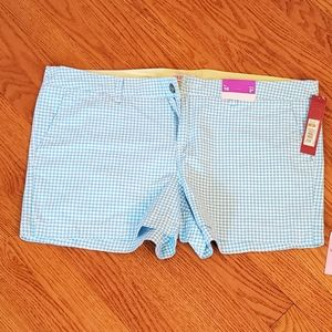 Womans Chino Shorts
